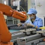 Foxconn เตรียมเดินสายการผลิตด้วยหุ่นยนต์ทั้งหมด เริ่มต้นแล้ว 40,000  ตัว
