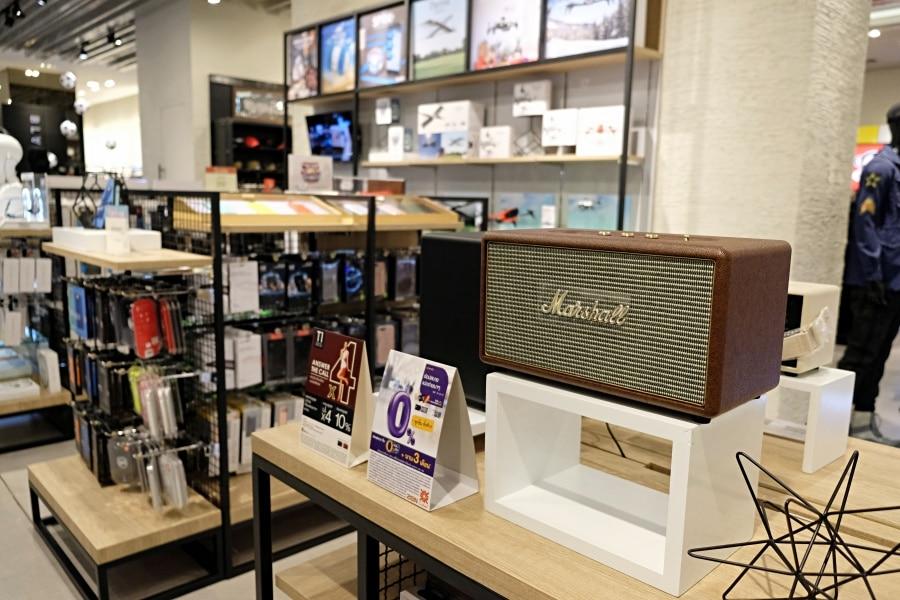 mens-gadgets-central-department-store-16