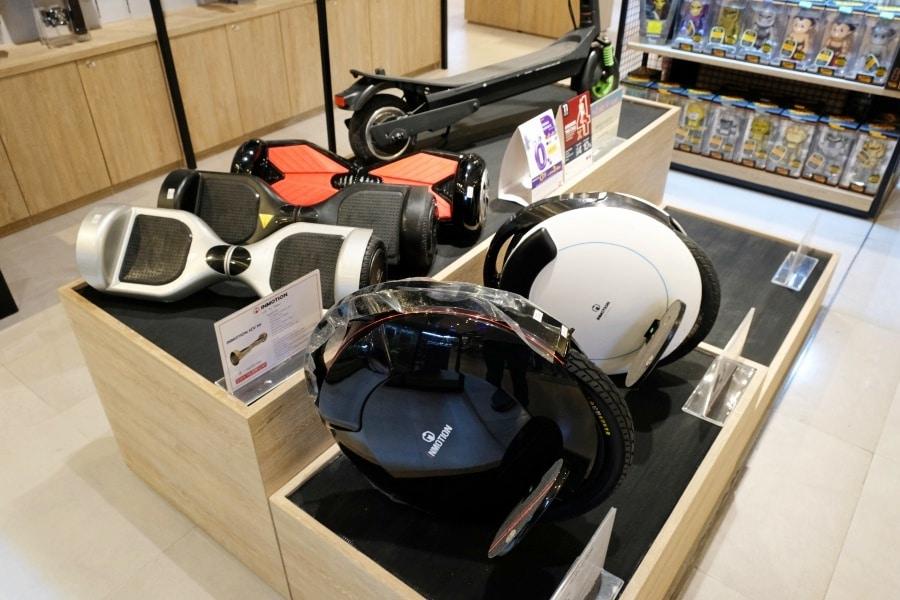 mens-gadgets-central-department-store-31