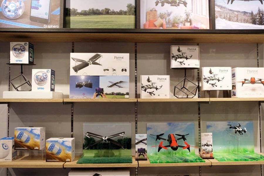 mens-gadgets-central-department-store-34
