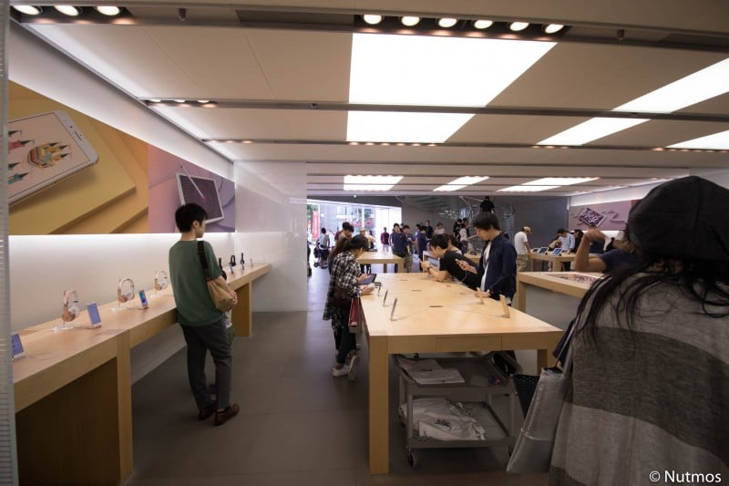 apple-shinsaibashi-first-floor