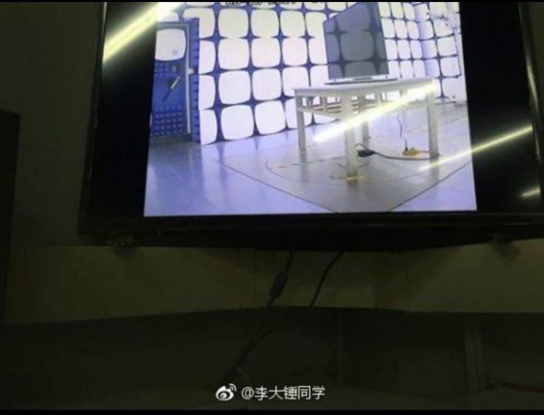 apple-tv-set-3-2-800x611