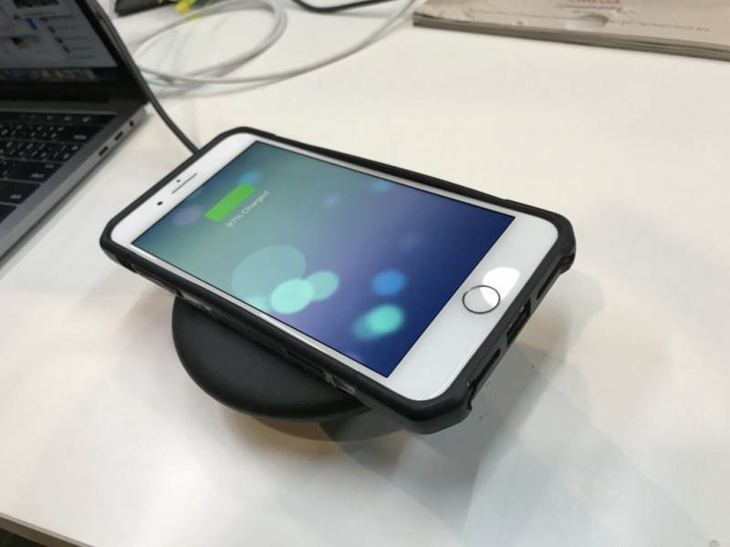 iphone-8-charge-wireless-with-samsung-3