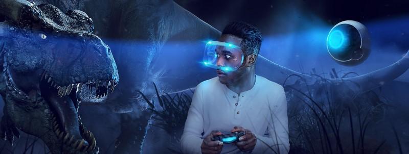 เมื่อใส่อุปกรณ์ VR เราจะเสมือนหลุดเข้าไปอยู่ในโลกนั้นจริง ๆ ภาพจากเว็บไซต์ PlayStation VR