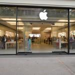 เกิดเหตุ !! แบตเตอรี่ iPhone 6 Plus ควันลุกไหม้กลาง Apple Store ในสวิตเซอร์แลนด์ ขณะพนักงานกำลังเปลี่ยนแบต
