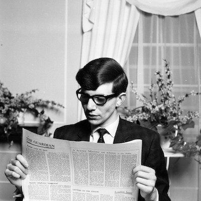 Young-Stephen-Hawking-Reading-The-Guradian