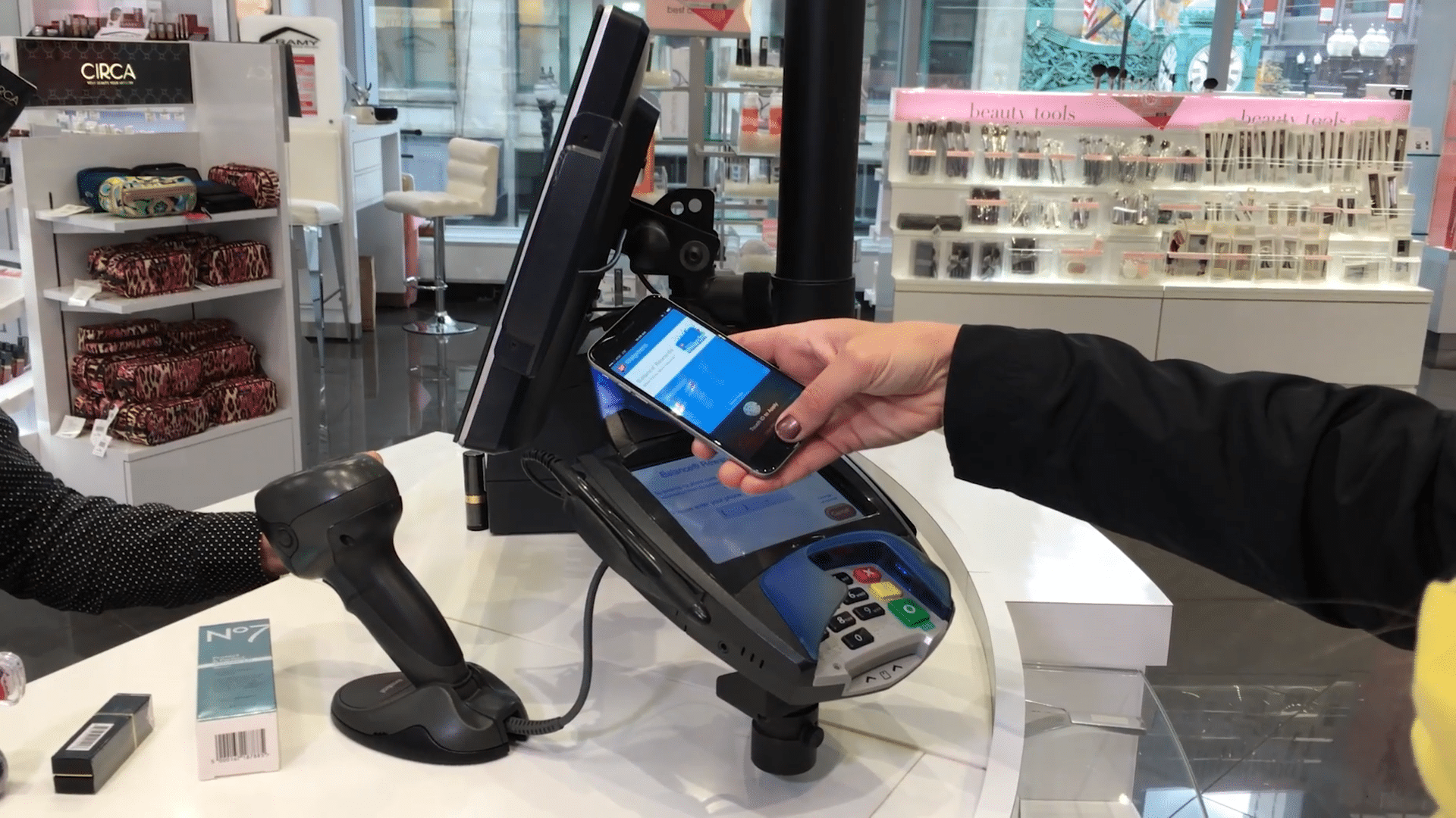 apple-will-reportedly-open-up-nfc-in-ios-12