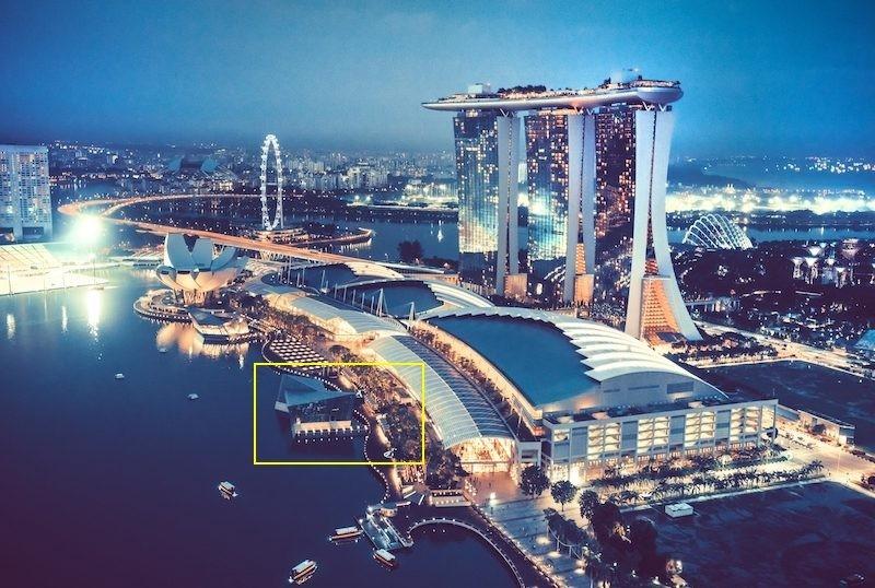 ตำแหน่งที่คาดว่าน่าจะเป็นที่ตั้งของ Apple Store ริม Marina Bay Sands
