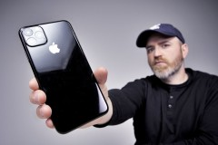 iphone-11-mock-up-look-like-real