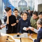 ชมบรรยากาศการเปิดขาย AirPods Pro ใน Apple Store สาขาต่างๆ ในกลุ่มประเทศเเรก