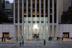 Apple-Store-fifth-avenue-new-york-redesign-exterior-091919