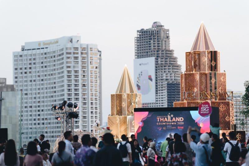 พาชมบรรยากาศงาน True 5G Amazing Thailand Countdown 2020 ที่ ICONSIAM ผู้ร่วมงานกว่าแสนคน !!