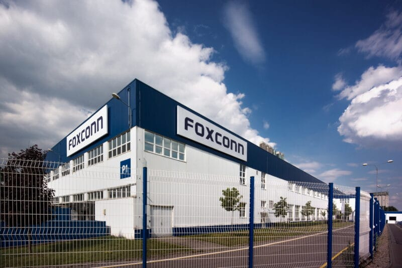 รู้จัก Foxconn บริษัทนี้คือใคร ทำไมเป็นผู้ผลิตรายสำคัญให้สินค้า Apple